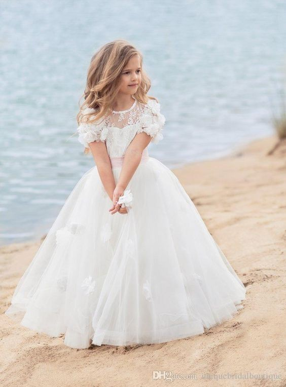 لباس عروس پفی و شیک دخترانه ۲۰۲۱ برای اینکه دخترتان مثل ملکه شود!