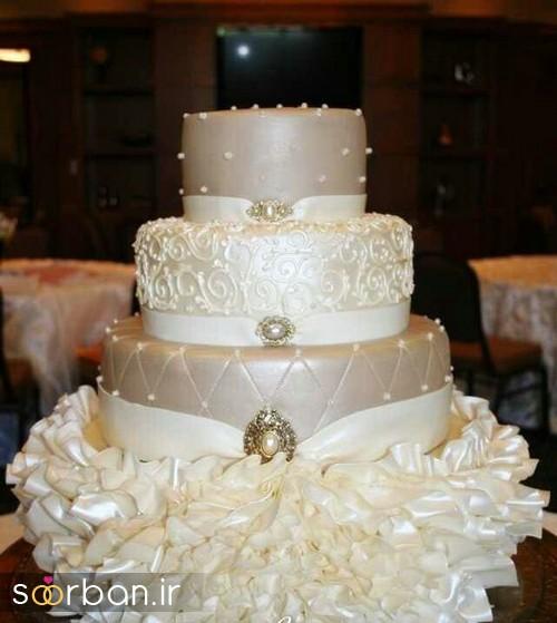 کیک عروسی طلایی 2