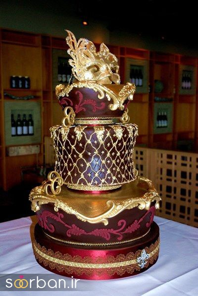 کیک عروسی طلایی 13