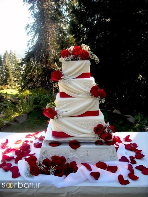 کیک عروسی با تزیین گل رز2