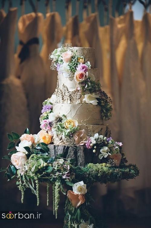 کیک عروسی با تزیین گل رز13
