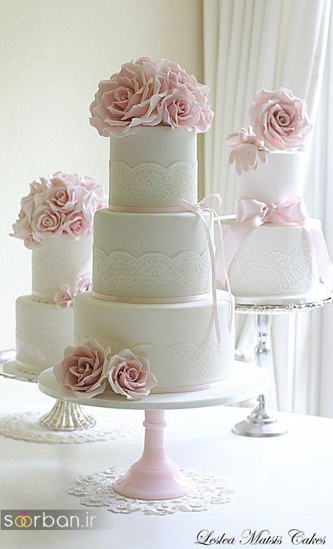 کیک عروسی با تزیین گل رز25