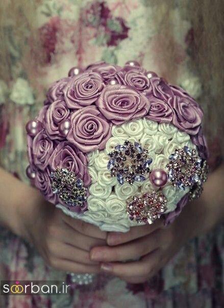 دسته گل عروس با روبان 24