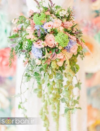دسته گل عروس رنگارنگ و شاد جدید شیک و مدرن با رنگ های قرمز و بنفش