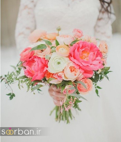 دسته گل عروس بهاری با گل های زیبا و رنگارنگ -1