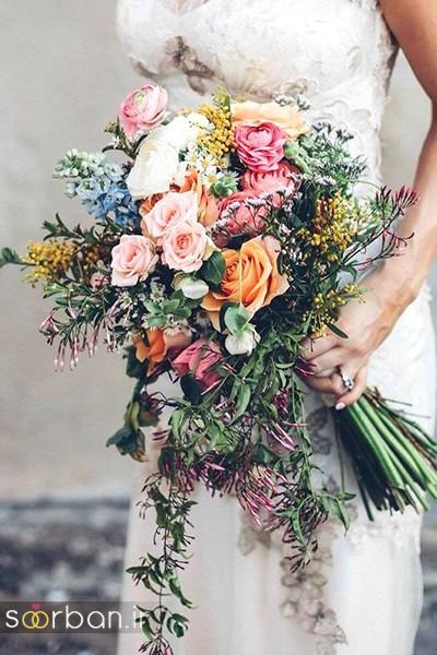 دسته گل عروس بهاری با گل های زیبا و رنگارنگ -5
