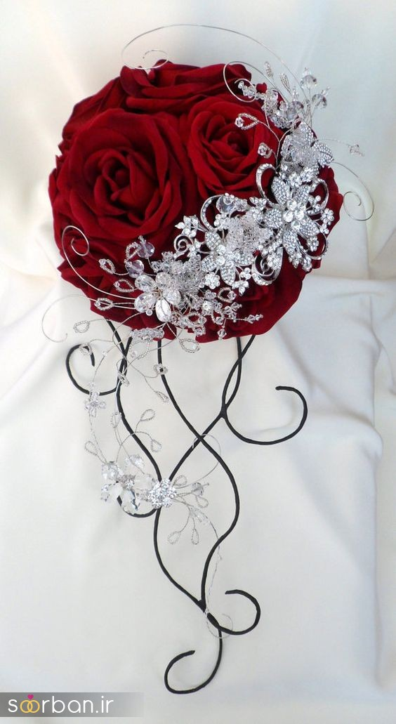 دسته گل عروس رز قرمز 12
