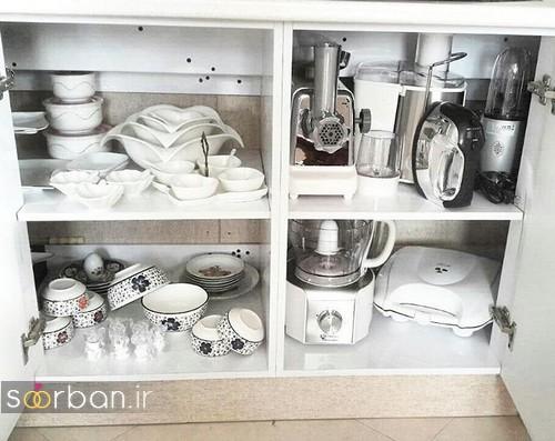 تزیین و چیدمان ظوف آشپزخانه و وسایل برقی عروس درون کابینت