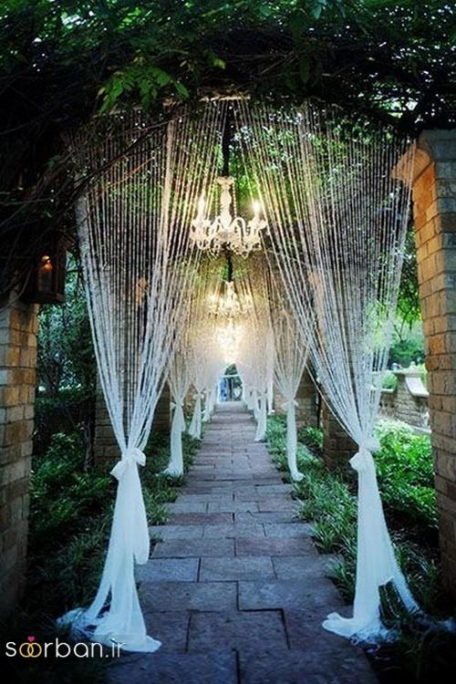 تزیین ژورنالی ورودی باغ تالار عروسی به شکل پرده