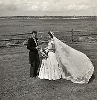 Toni Frissell John F. Kennedy and Jacqueline Bouvier on their wedding day 1953