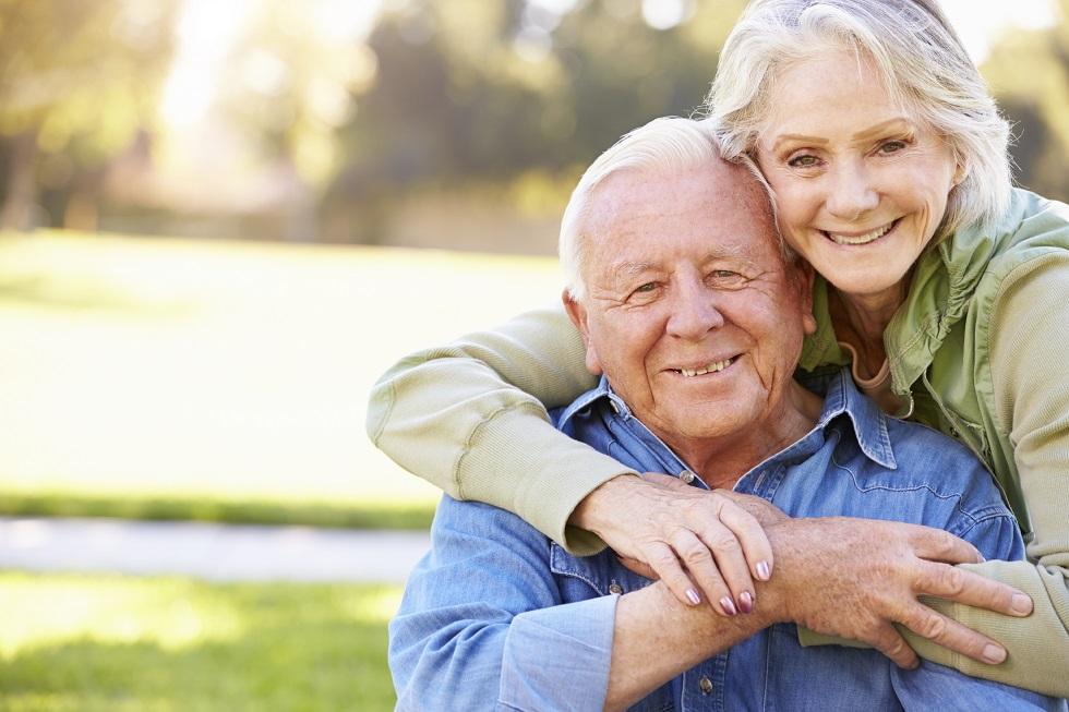 senior-caucasian-couple
