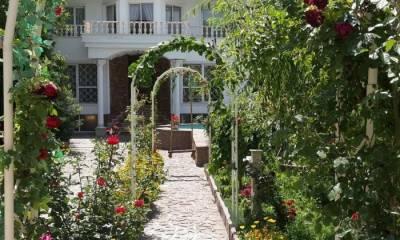 عمارت باغ عکاسی بهشت در تهران