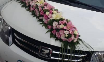ماشین و دسته گل عروس طرح تابستان