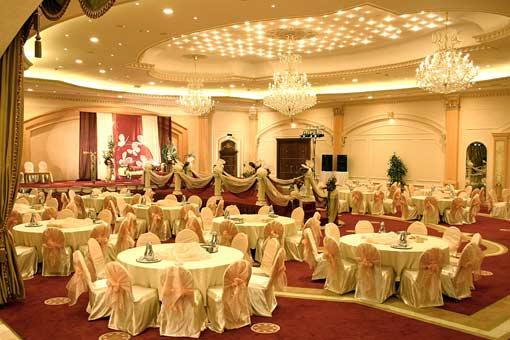 ۱۰ معیار مهم برای انتخاب تالار عروسی