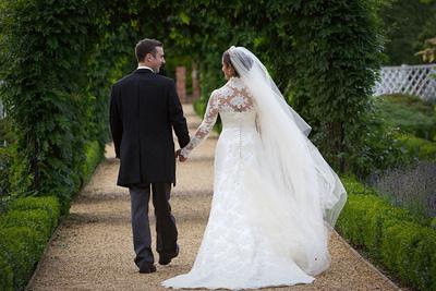 فاصله مناسب بین عقد تا عروسی