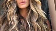 رنگ مو روشن بالیاژ 2021 | انواع رنگ مو روشن جذاب سال ۱۴۰۰ خاص