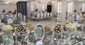 سالن عقد با پذیرایی شام