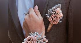 دستبند گل عروس 2021 | عکس از ست دسته گل و دور مچ دستبندی عروس مدرن و خاص