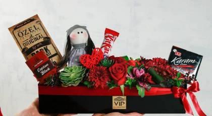 کامل ترین پکیج VIP ولنتاین (گل، شکلات، عروسک)