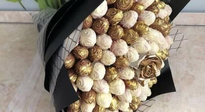 20 ایده جذاب برای تزیین شکلات به شکل دسته گل