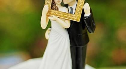 مجسمه های عروس و داماد رمانتیک و دیدنی برای کیک عروسی